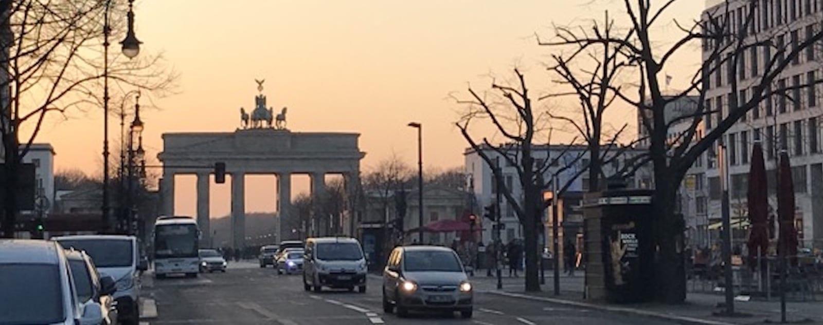 Brandenburg Gate open